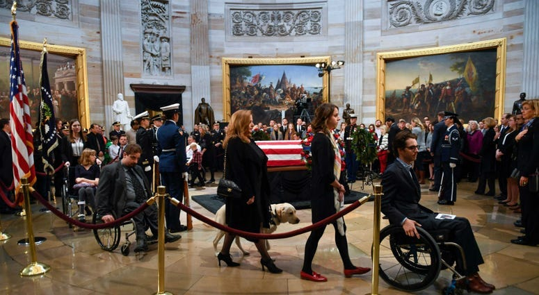 PHOTOS: President George H.W. Bush lies in state at U.S.Capitol
